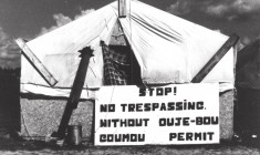 Ouje Crees were forced to relocate their villages seven times over fifty years, with the last relocation occuring in 1970. Community members dispersed throughout their territory, establishing small encampments that consisted of makeshift dwellings, often just simple tent frames.