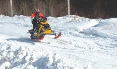 Snow racers blast cross-country in James Bay