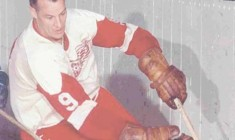 """""""Mr. Hockey: My Story""""  Book Review"""